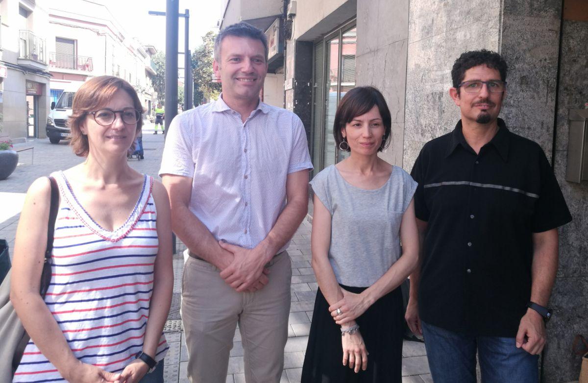 Els regidors d'ERC Rubí, amb el seu líder, Xavier Corbera, i Montse Soler, en el centre