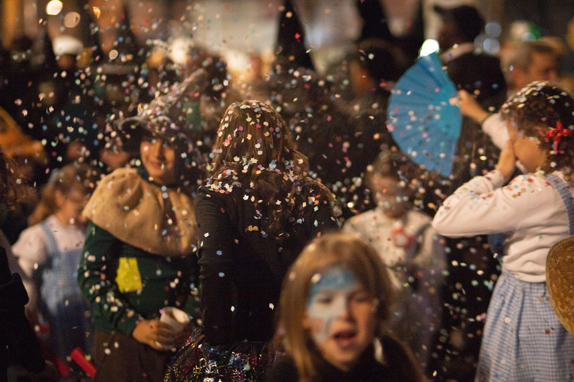 Guerra de confeti. Carnaval a Rubí 2020