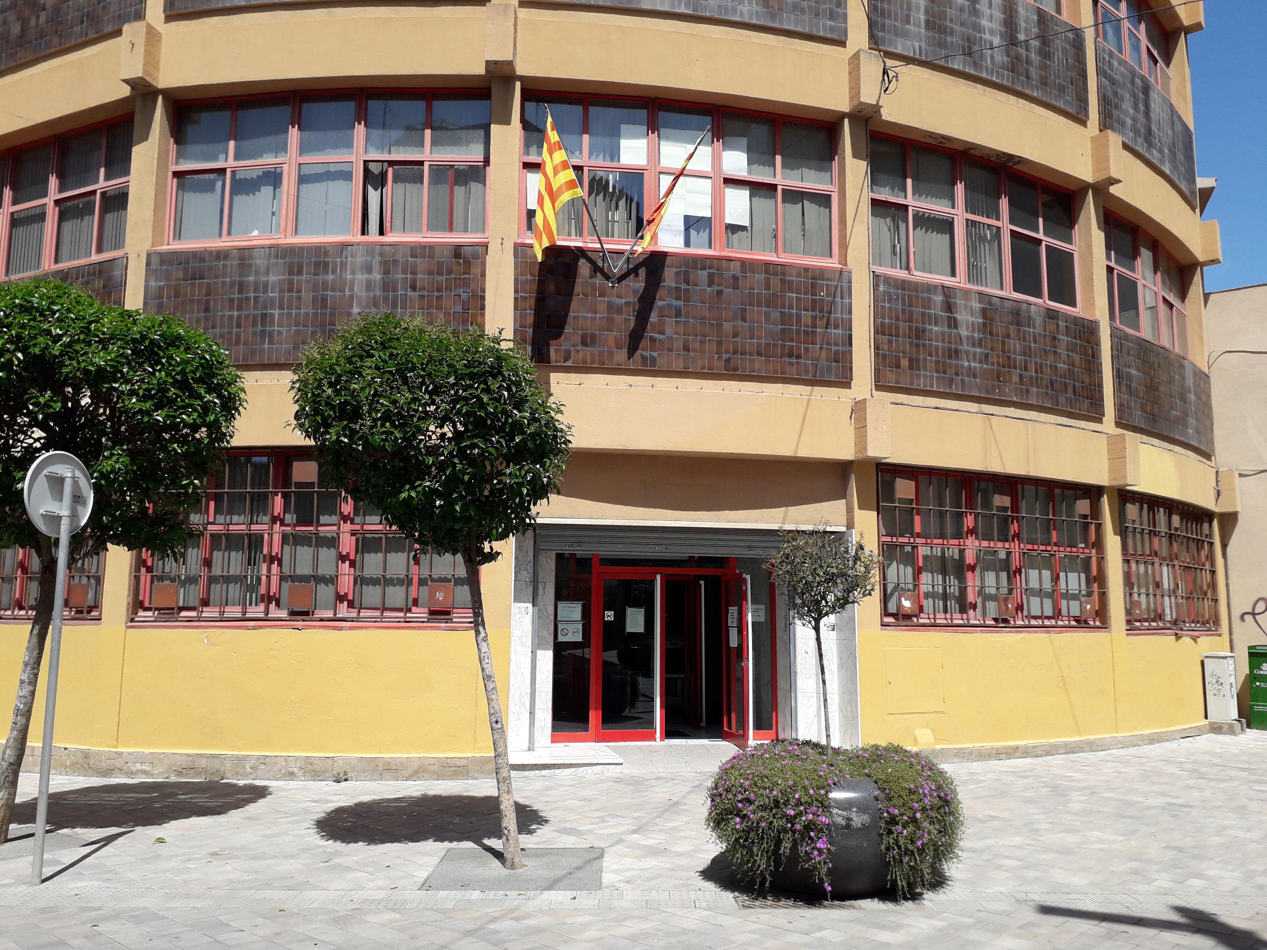 Els Jutjats del carrer Pere Esmendia. FONT: Núria HS