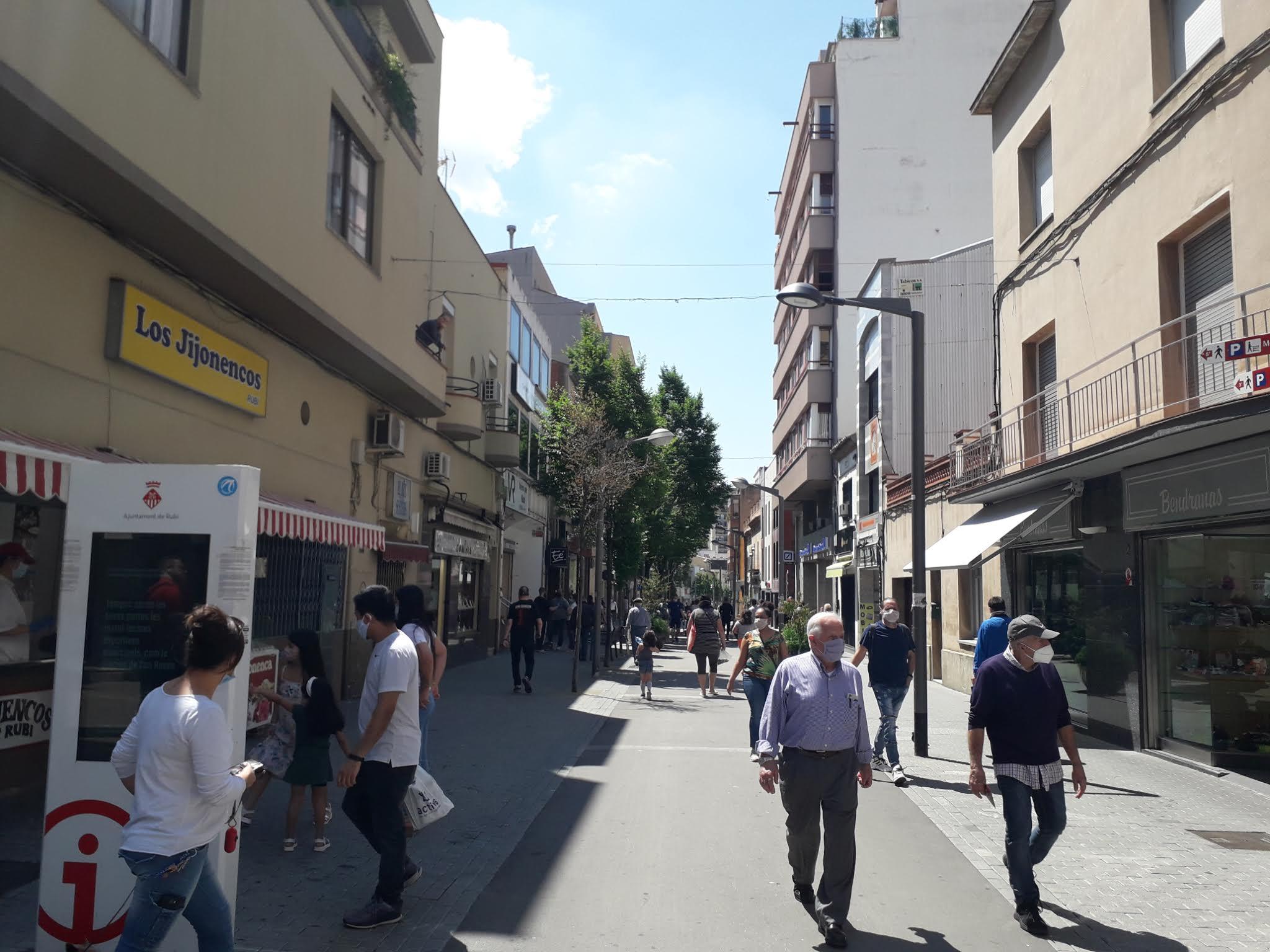 Sanitat autoritza la mobilitat entre les tres regions sanitàries de Barcelona.