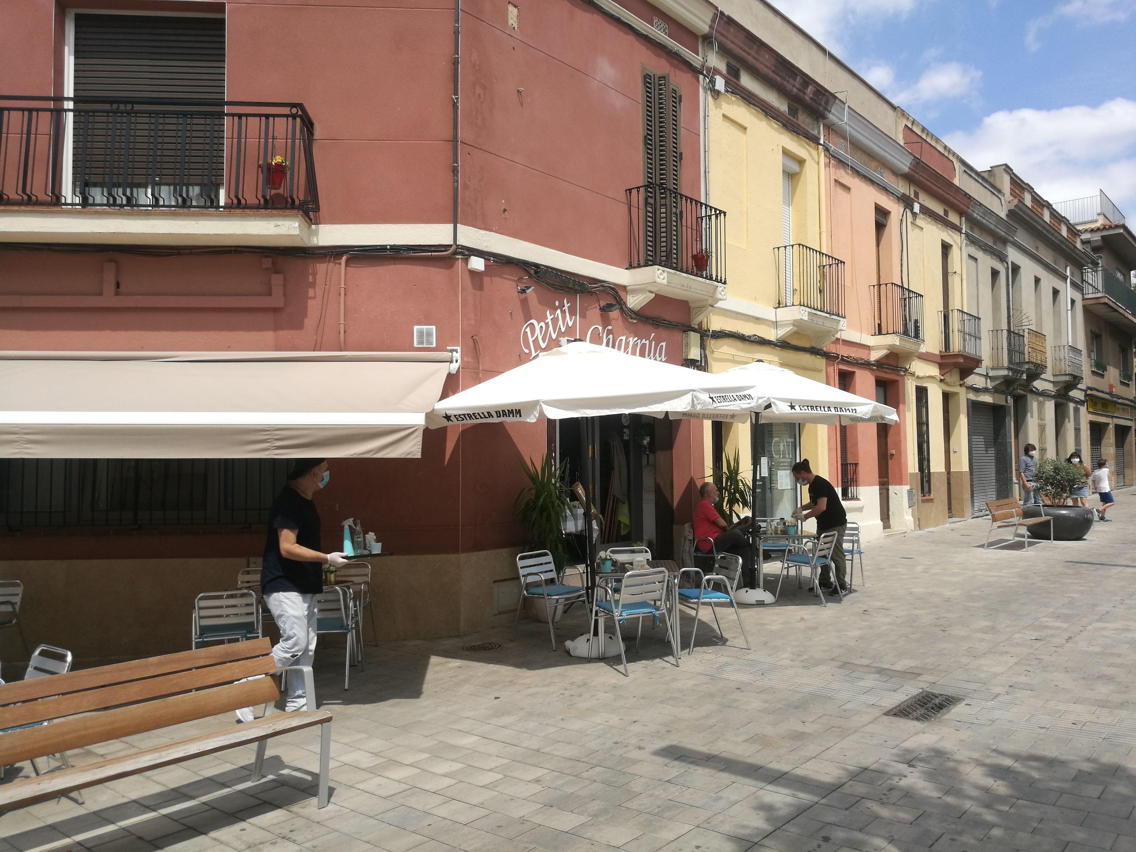 El Govern endarrereix el tancament de bars i restaurants a l'espera de la decisió judicial. FOTO: N.Hueso