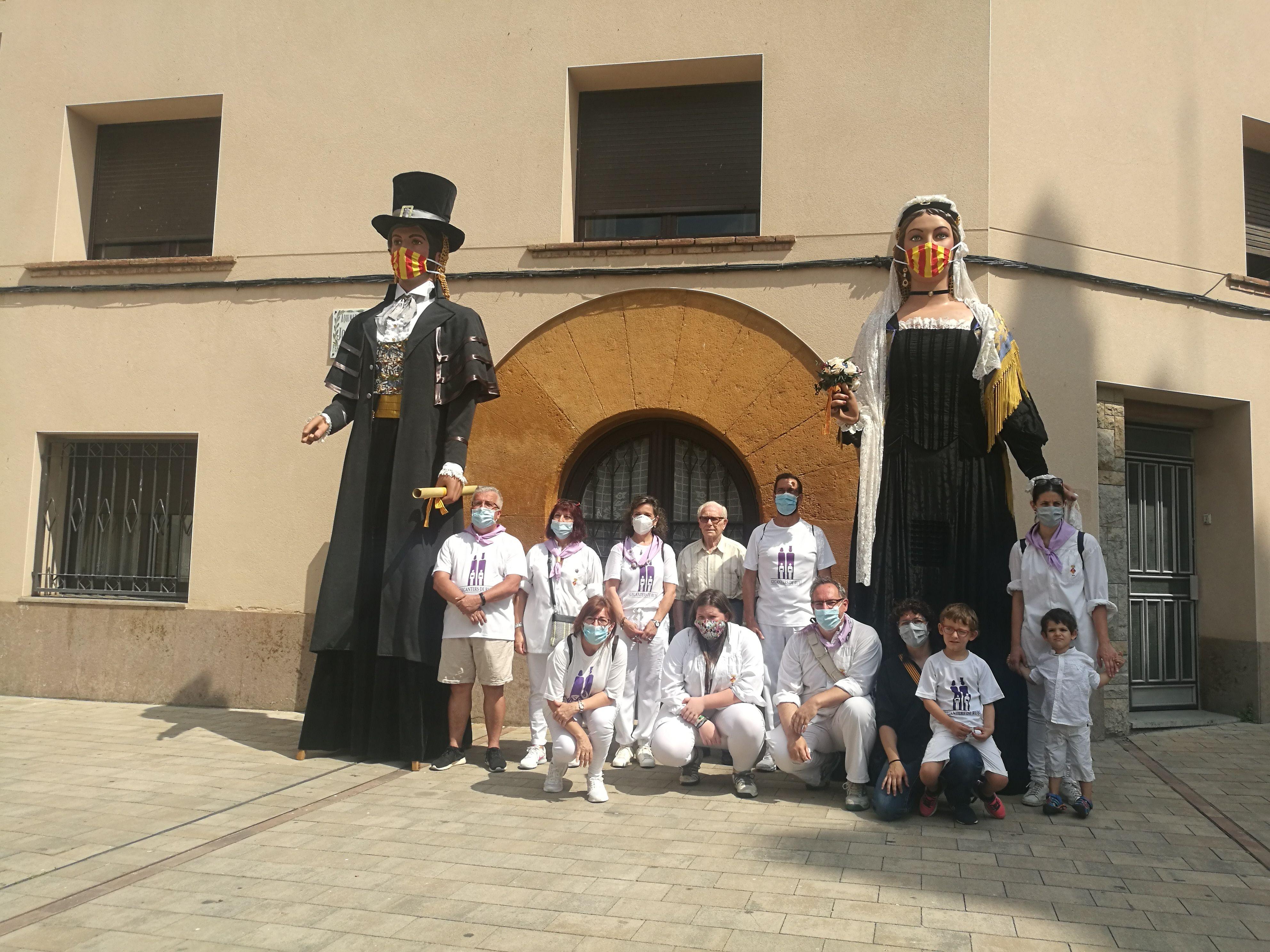 Membres de la Colla de Gegants de Rubí. FOTO: Redacció
