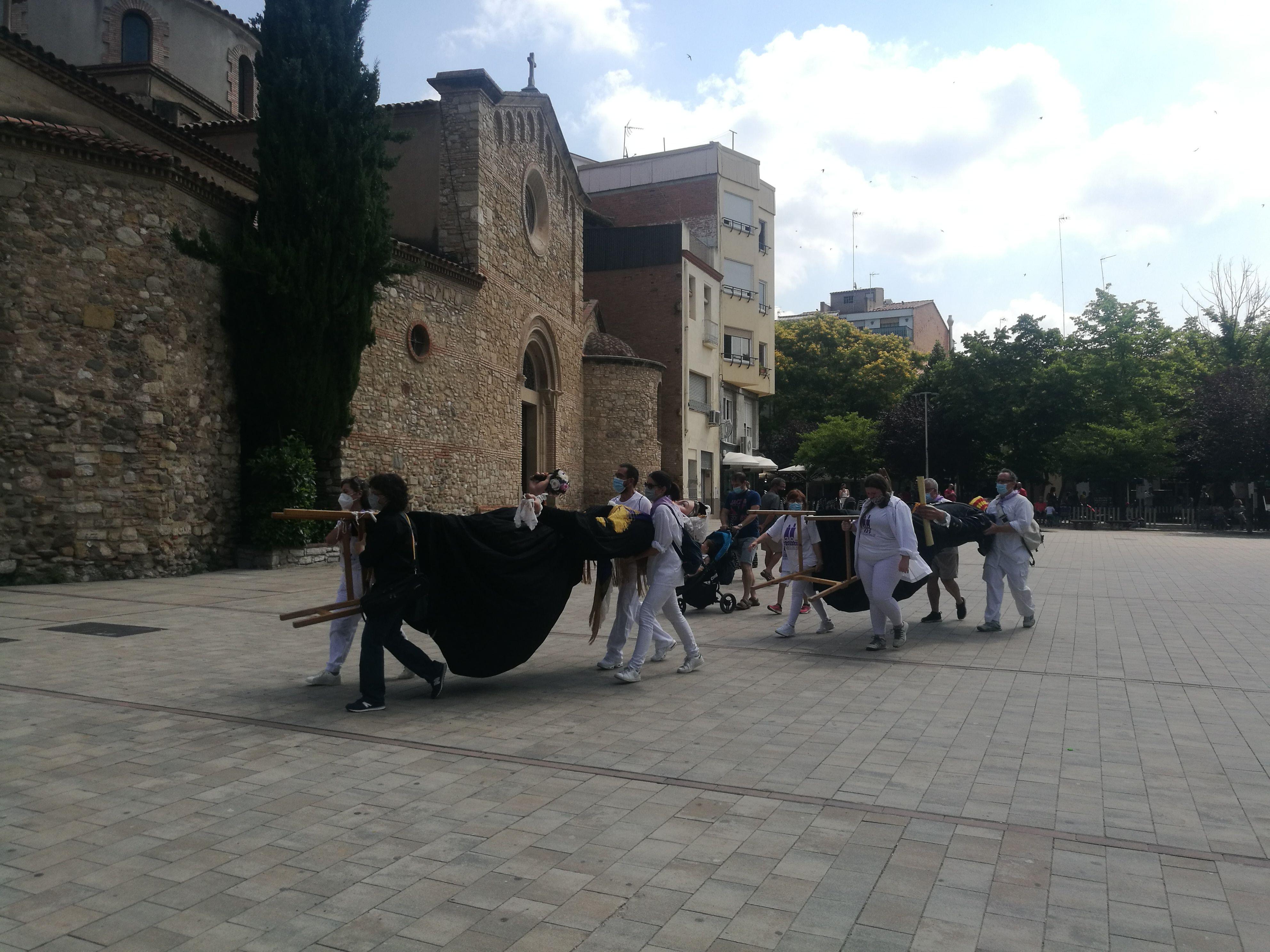 Els gegants de Rubí a la plaça Dr. Guardiet. FOTO: Redacció