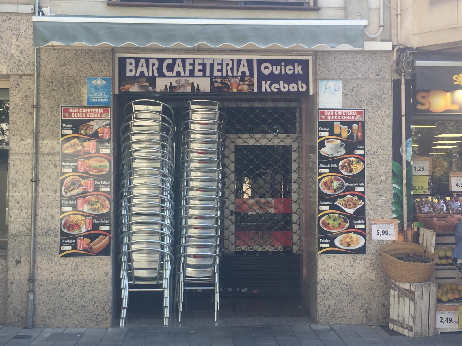 Bars i terrasses tancats després de l'aprovació de les noves restriccions. FOTO: Andrea Martínez