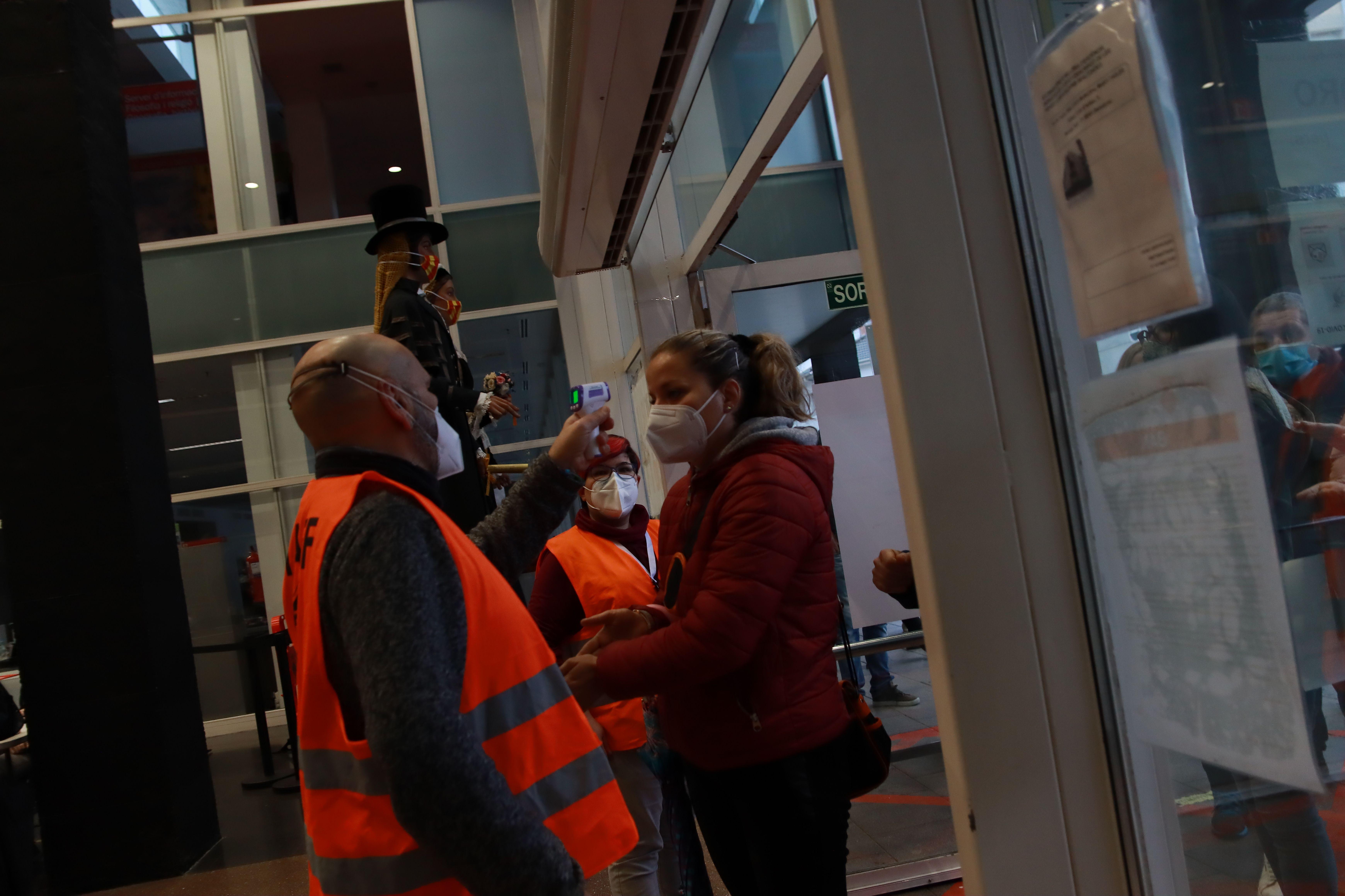 Eleccions del 14 de febrer a Rubí. FOTO: Josep Llamas