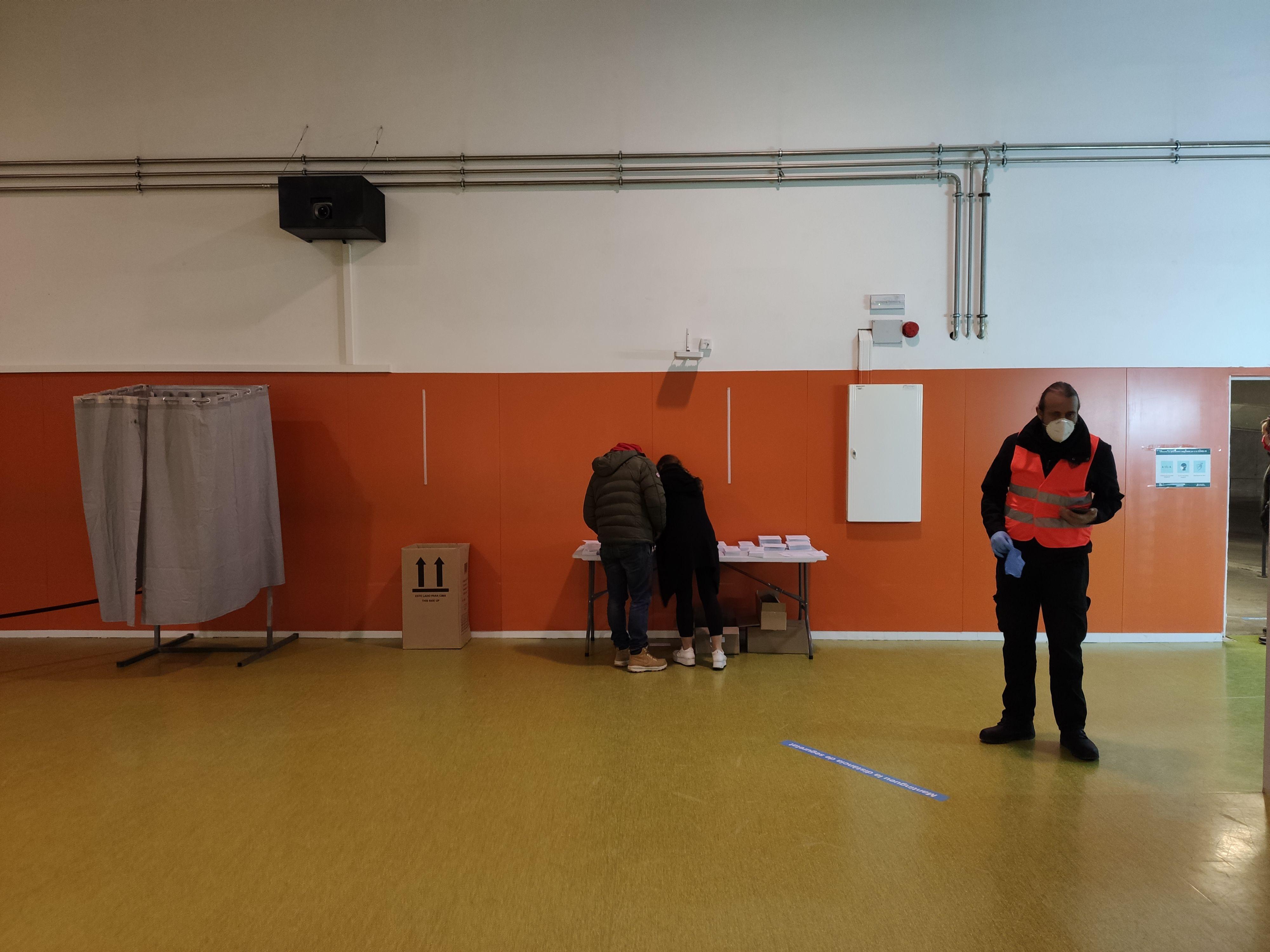 Eleccions del 14 de febrer a Rubí. FOTO: Núria H.