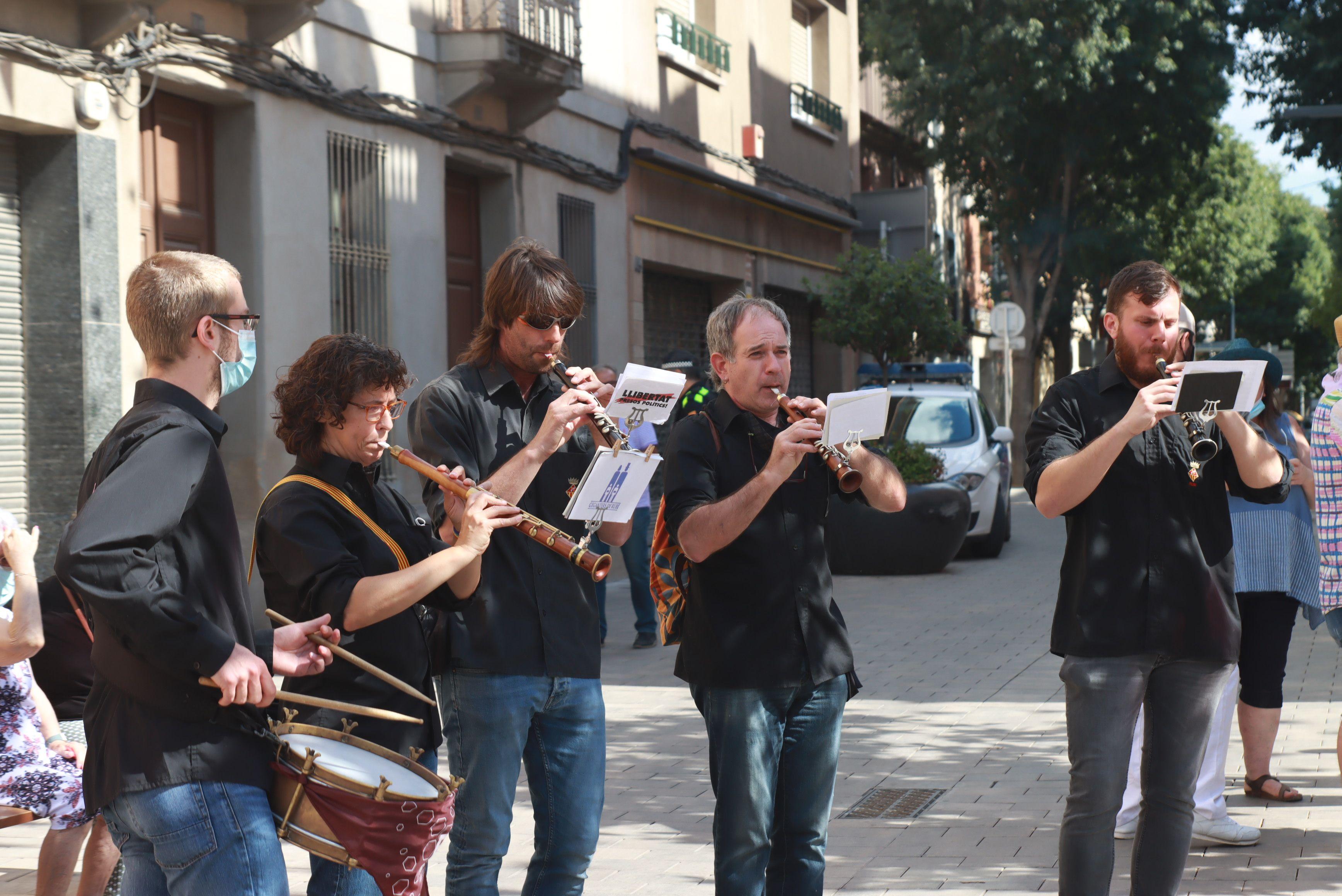 Els grallers de la colla gegants per Festa Major. FOTO: Josep Llamas