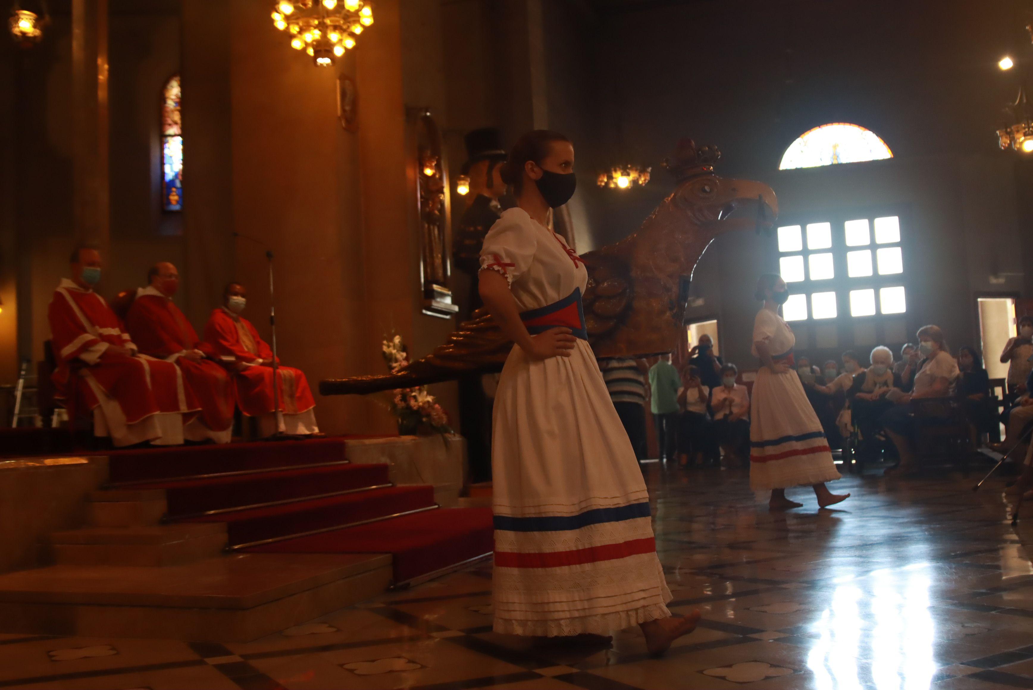 Missa solemne per Sant Pere a la Festa Major. FOTO: Josep Llamas