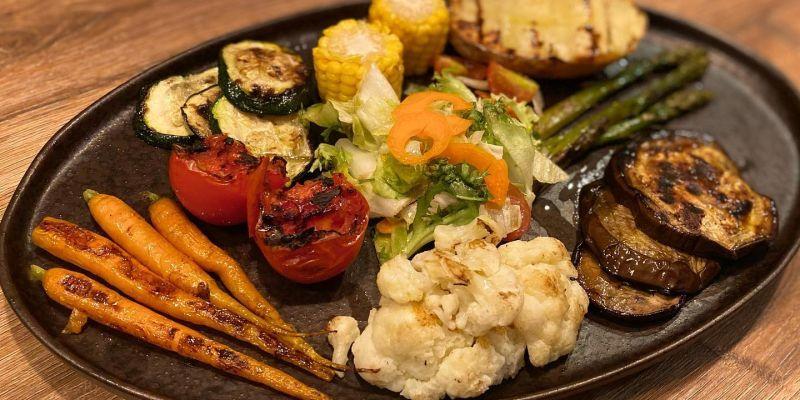 Graellada de vegetals de 'Malbec. Asador Argentino'. FOTO: Cedida